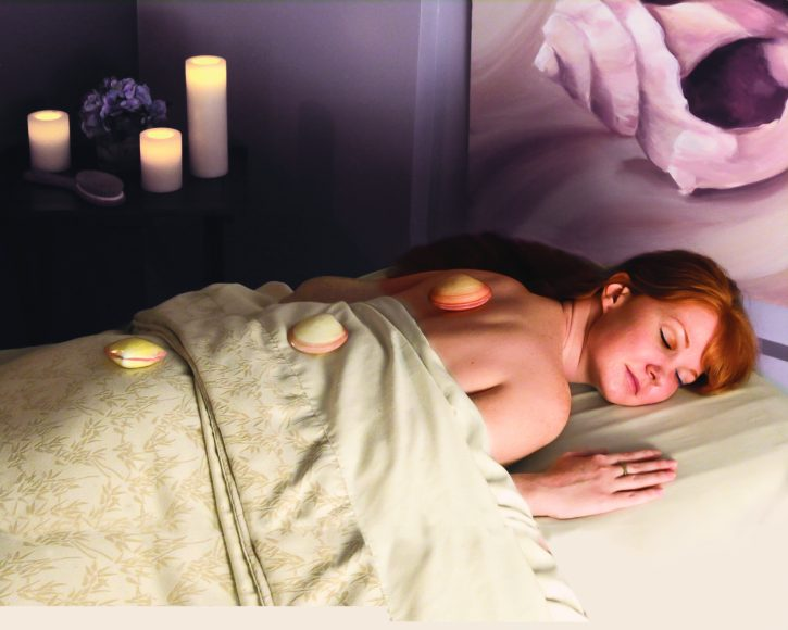 beachplumspa_warmshellmassage