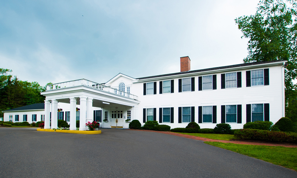 Litchfield Inn