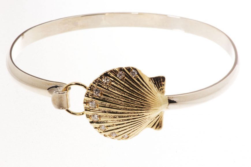 Scallop bangle 2