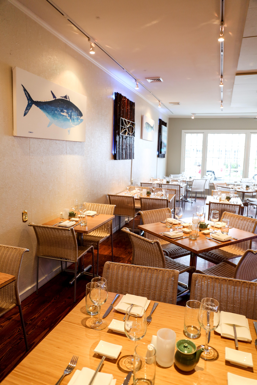 Bluefins Sushi350A1149