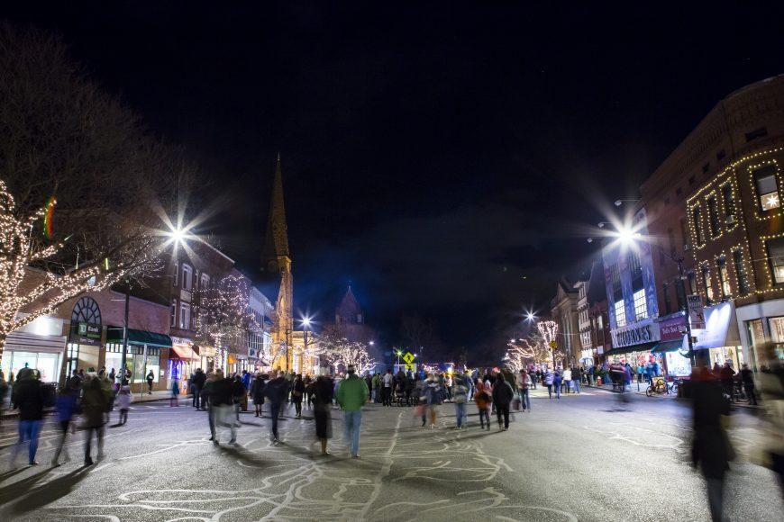 Northampton Holiday Stroll Photo by Lynne Graves